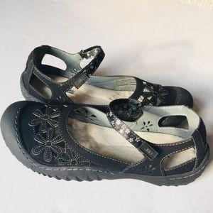 JBU by Jambu Memory Foam Black Wildflower Sandals